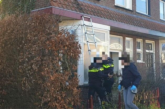 Politie valt woning van pedoclub Martijn binnen