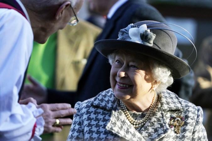 Koningin Elizabeth: soms een liefhebbende oma, meestal een bikkelharde baas