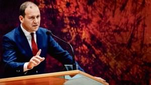 PvdA: maak zelfstandige net zo duur als vaste kracht