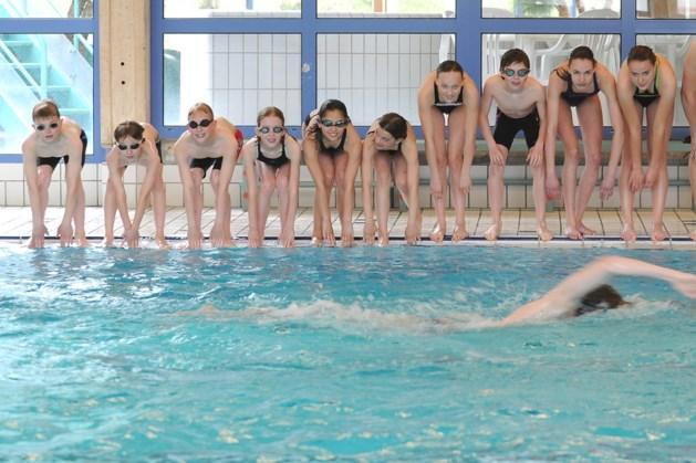 Zwembad Sittard springt in op lerarenstaking