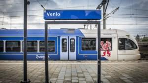 Treinverkeer vanuit Venlo deels plat door defecte trein