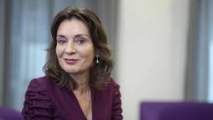 Burgemeester Désirée Schmalschläger voelt zich af en toe net<I> Alice in Wonderland</I> in Leudal