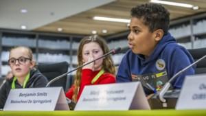 Aftrap allereerste kinderraad in Peel en Maas: 'Meer voor ouderen en het klimaat'