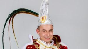Dave I van Kerkrade-West is prins op het zwarte paard, maar kiest in optocht toch voor wagen