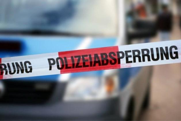 Familiedrama in Duitsland: twintiger schiet vader, moeder en vier familieleden dood voor ogen van tieners