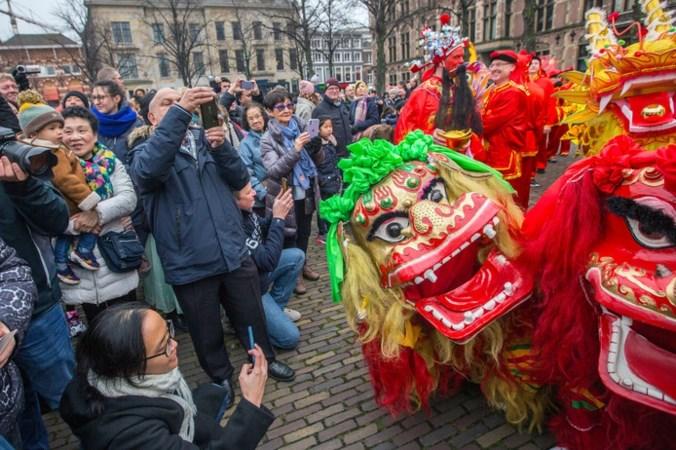 Ambassadeur waarschuwt Chinese gemeenschap in Nederland voor coronavirus