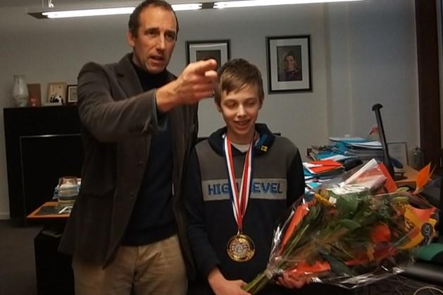 Valkenburg huldigt tafelvoetbalkampioen Davy Bardoul