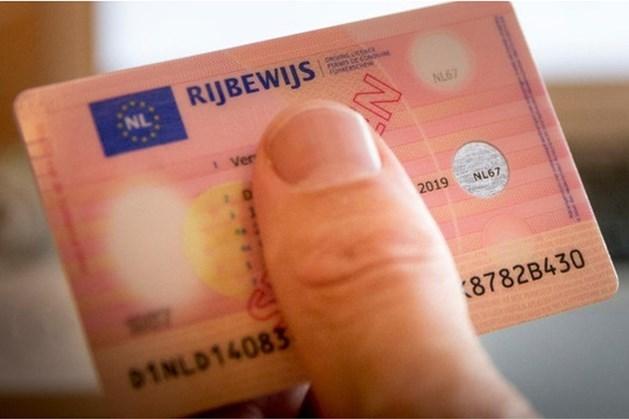 Automobilist in Hoensbroek aangehouden met vervalst rijbewijs
