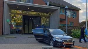 Verdachte van rammen van politiebureau in Kerkrade zwijgt in alle toonaarden