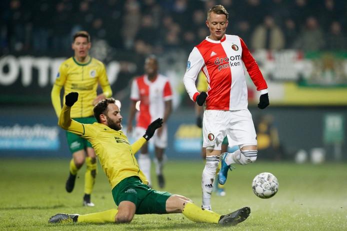 Feyenoord meldt Larsson ziek voor bekerduel tegen Fortuna