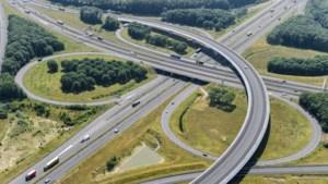 Asfalt op de fly-over richting Heerlen bij Kerensheide moet worden vervangen