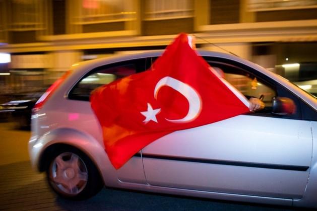 Turken moeten vanaf 2021 alsnog inburgeren