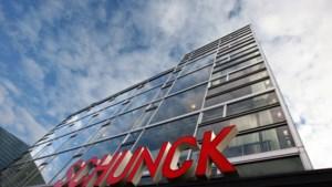 Schunck houdt moedervlek-tatoeagesessie in Heerlens Glaspaleis
