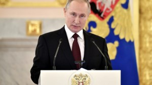 Temperatuurcontroles rond Poetin vanwege virusuitbraak