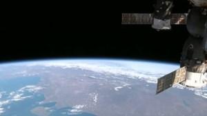 Onbekende bron in de ruimte stuurt elke zestien dagen een radiosignaal