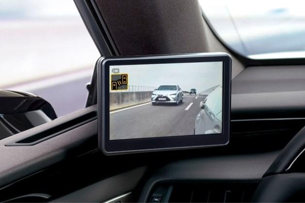 Virtuele buitenspiegels in nieuwe Lexus ES 300h