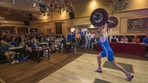 Gewichtheffers Helios Simpelveld ontmoeten KG Wuppertal