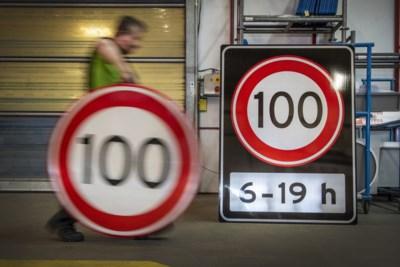 We gaan 100 rijden: spitsuur bij maker van snelheidsborden in Tegelen