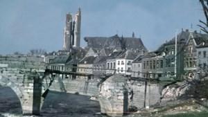 Bisschop Smeets herdenkt in de oorlog omgekomen priesters in Roermondse kathedraal
