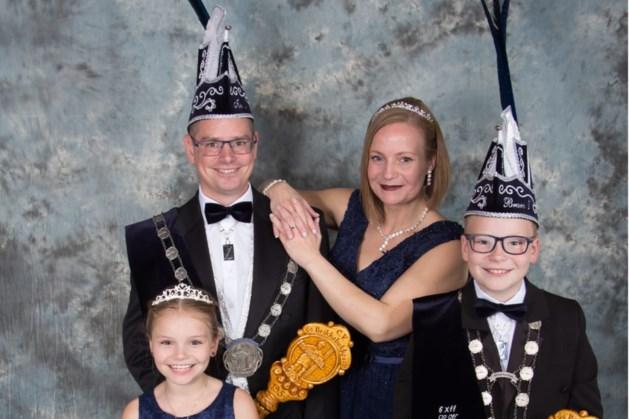 Compleet prinsengezin viert carnaval van A tot Z samen