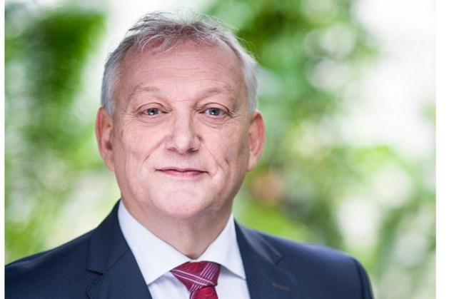 Van Olphen blijft aan het roer bij Nederlands grootste pensioenuitvoerder APG