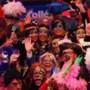 Trainingspak populair tijdens carnaval, ook veel verkochte outfits met mondkapje
