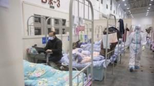 LIVE: Britse virusblogger op cruiseschip nu zelf besmet, Japanse politie onderzoekt roof 6000 mondkapjes