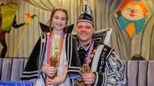 Bij het slapen gaan hoort jeugdprinses Maartje de carnavalsmuziek nog naklinken