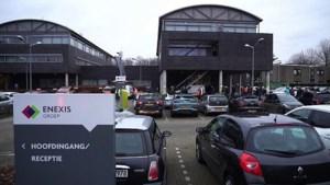 Video: Verdachte brief aangetroffen bij Enexis in Weert, pand deels ontruimd
