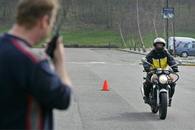 Steeds meer mensen halen hun motorrijbewijs