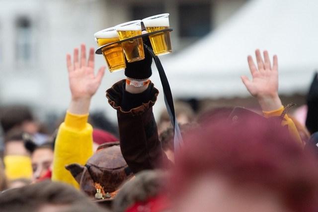 Carnaval: dit zijn de beste tips tegen een kater