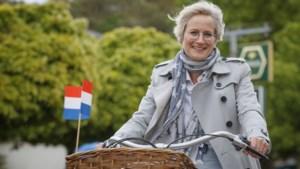 Burgemeester Petra Dassen beschermvrouw Rode Kruis Euregionale afdeling Kerkrade