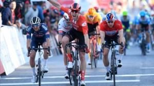Bol klopt Jakobsen in de sprint in derde etappe Ronde van Algarve