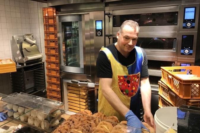 Poefelen geblazen op Rosenmontag bij de Duitse bakkers in Vaals