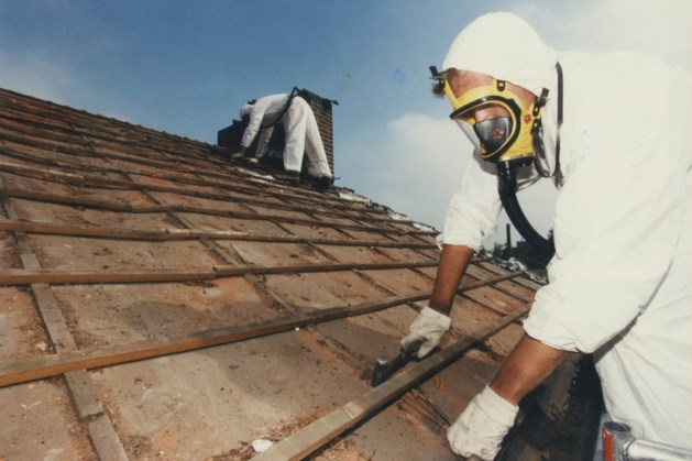 Akkoord over aanpak asbestdaken op losse schroeven
