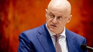 Minister bekijkt inzet hobbydatabank voor onbekende doden