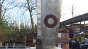Fietsen langs het oorlogsleed dat in de regio Bergen uit de lucht kwam