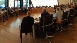 Lijm tussen Lijn 50-gemeenten in Heuvelland laat langzaam los