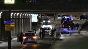 Twee jongeren vallen van carnavalswagen en raken gewond