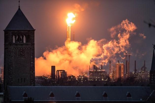 Rubberfabriek Chemelot fakkelt regelmatig tot medio maart