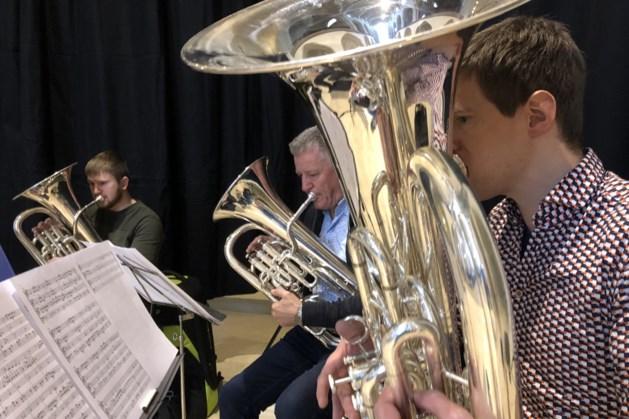 Benefietconcert Brass for Children in kapel Museum de Schat van Simpelveld