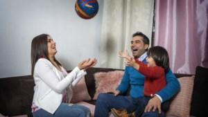 Anas en Joanna doen vrijwilligerswerk in ruil voor een huurwoning in Blerick