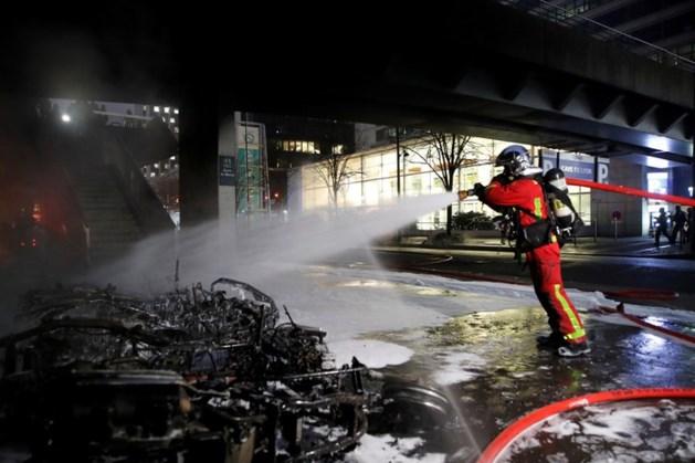 Treinstation Parijs ontruimd na grote brand tijdens optreden rapper