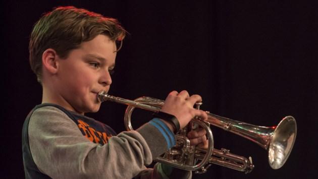 Stichting Leergeld helpt kinderen om mee te doen