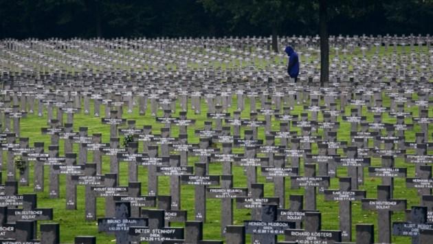 Opera op Duitse begraafplaats Ysselsteyn
