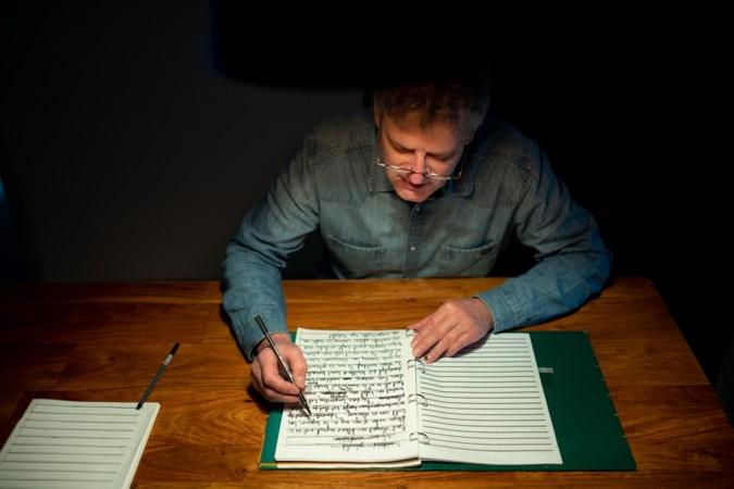 Schrijver Marcel Herfs zal zijn eigen boek 'Afslag Susteren' nooit lezen