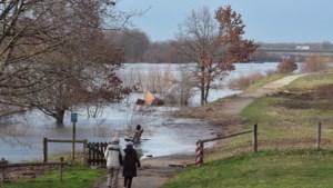 Waterpeil Maas gaat als een jojo op en neer, woensdag weer flinke stijging verwacht