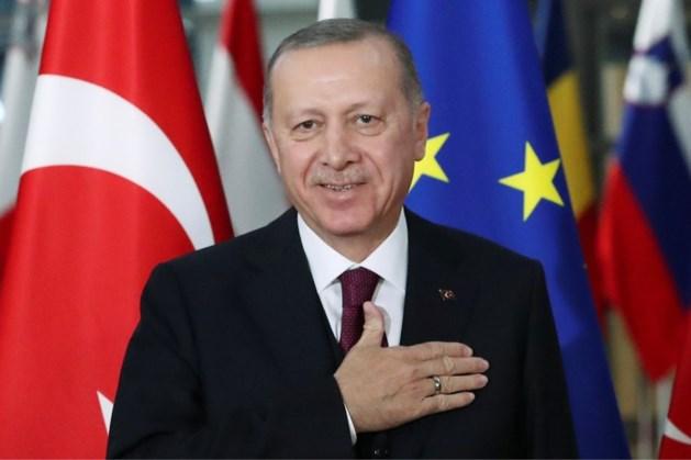 Erdogan gaat top over migrantencrisis houden