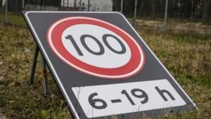 Maximumsnelheid in heel Limburg vrijdag al op 100
