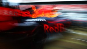 Red Bull verbiedt 'Max Verstappen-trucks'